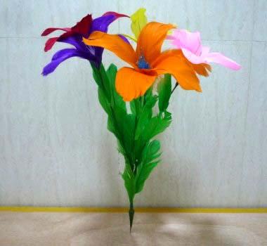高品质舞台羽毛抛花(5朵) 纯手工制作的羽毛花,做工精致逼真,每束花